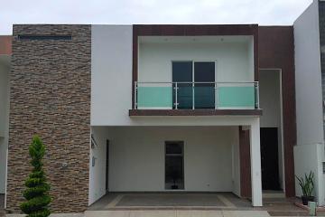 Foto de casa en venta en  , valles de cristal, monterrey, nuevo león, 2842463 No. 01