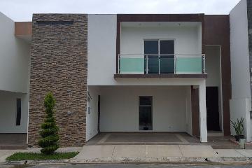 Foto de casa en venta en  , valles de cristal, monterrey, nuevo león, 2896800 No. 01