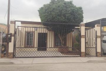 Foto principal de casa en renta en av. hortensias, villa florida 2570984.
