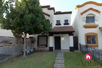 Foto principal de casa en renta en bastida, villa toledo 2719870.