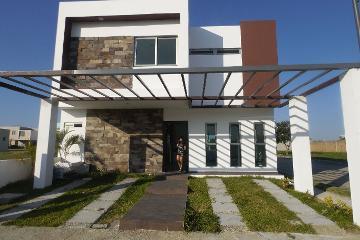 Foto de casa en renta en  , villahermosa (cap. p. a. carlos rovirosa), centro, tabasco, 0 No. 01