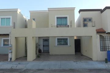 Foto de casa en renta en  , villas del encanto, la paz, baja california sur, 2616186 No. 01