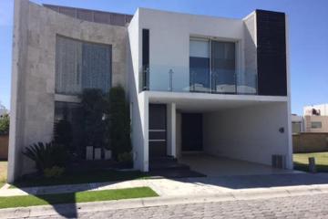 Foto principal de casa en renta en vista real 2670161.