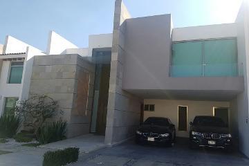 Foto principal de casa en renta en vista real 2869238.