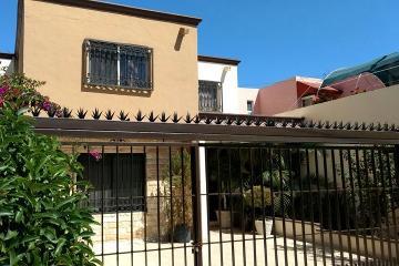 Foto de casa en venta en  463, república oriente, saltillo, coahuila de zaragoza, 2648835 No. 01