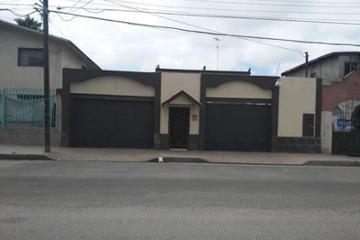 Foto de casa en venta en  , zona centro, tijuana, baja california, 2706631 No. 01