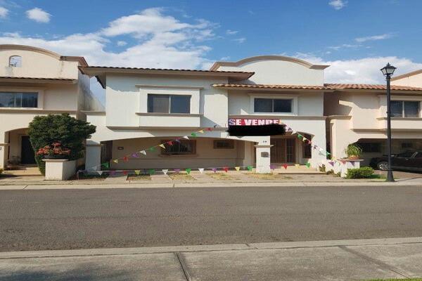 Foto de casa en venta en ´paseo de la reina , lomas del pedregal, tlajomulco de zúñiga, jalisco, 14668450 No. 01