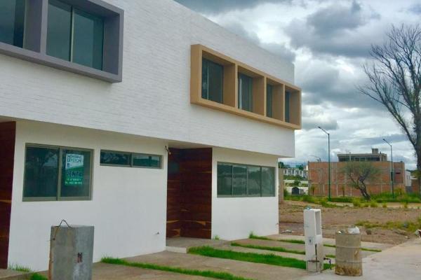 Foto de casa en venta en 1 1, fraccionamiento villas del sol, irapuato, guanajuato, 8842059 No. 01