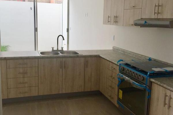 Foto de casa en venta en 1 1, fraccionamiento villas del sol, irapuato, guanajuato, 8842059 No. 04