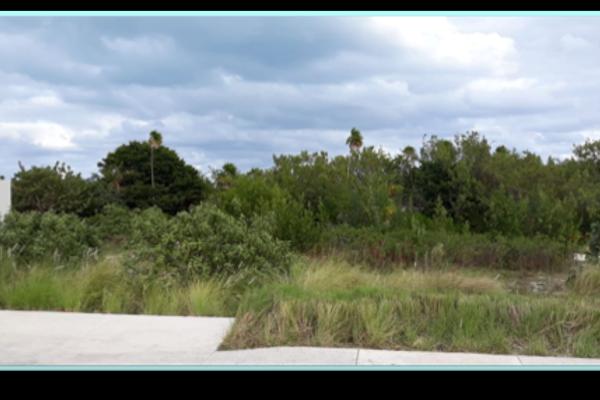 Foto de terreno habitacional en venta en avenida bonampak , supermanzana 5 centro, benito juárez, quintana roo, 4646466 No. 03