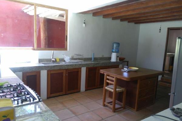 Foto de casa en venta en vega del campo 100, avándaro, valle de bravo, méxico, 3051888 No. 04