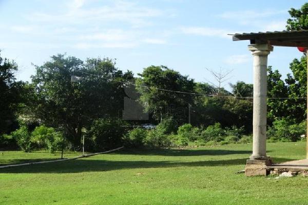 Foto de terreno habitacional en venta en 13 , sitpach, mérida, yucatán, 9129633 No. 02
