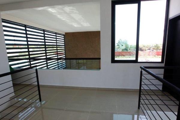 Foto de casa en venta en 16-a , cholul, mérida, yucatán, 4564753 No. 02