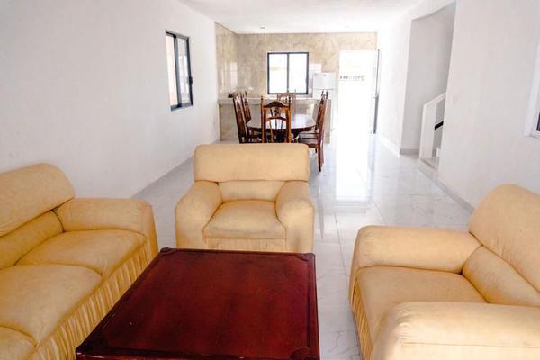 Foto de casa en venta en 17-b , chicxulub puerto, progreso, yucatán, 19319146 No. 02