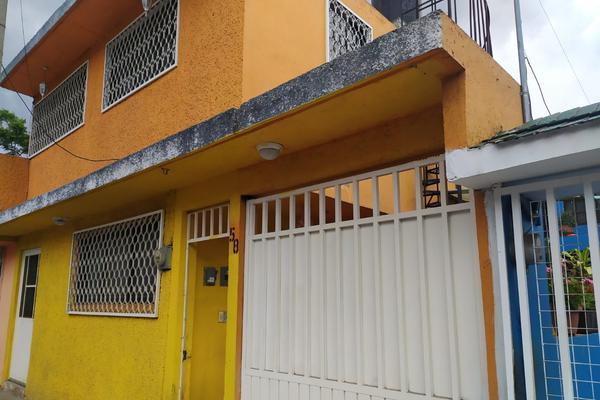 Foto de casa en venta en 1a. de casimiro del valle , unidad vicente guerrero, iztapalapa, df / cdmx, 0 No. 01