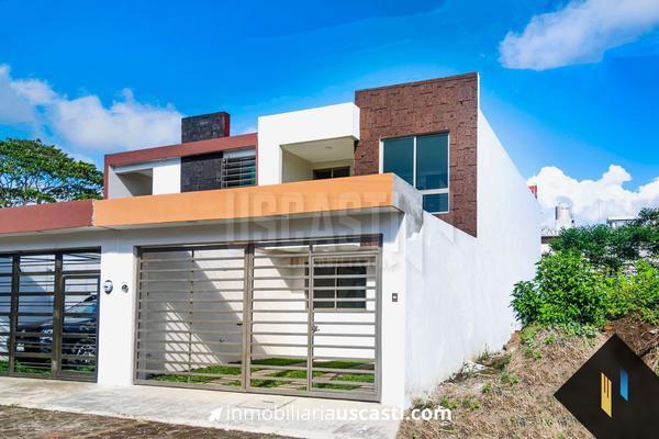 Foto de casa en venta en  , 2 de enero, coatepec, veracruz de ignacio de la llave, 21249576 No. 01