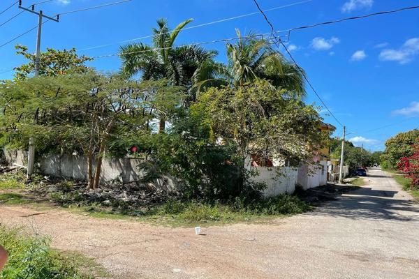 Foto de terreno habitacional en venta en 20 , izamal, izamal, yucatán, 0 No. 02