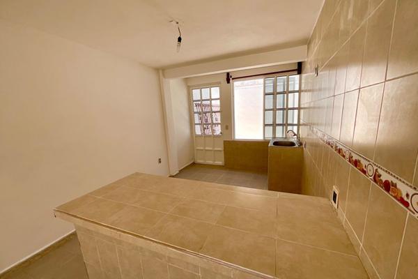 Foto de casa en venta en  , 21 de marzo, chilpancingo de los bravo, guerrero, 14024026 No. 02