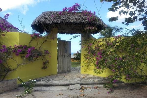 Foto de casa en venta en 23 , san crisanto, sinanché, yucatán, 6127431 No. 01