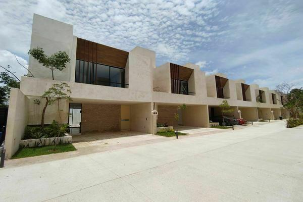 Foto de casa en venta en 28 , cholul, mérida, yucatán, 20962255 No. 01