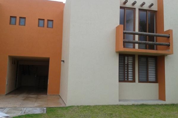 Casa en condominio en 2a cerrada puerta del sol vill for Residencial puerta del sol vallecas