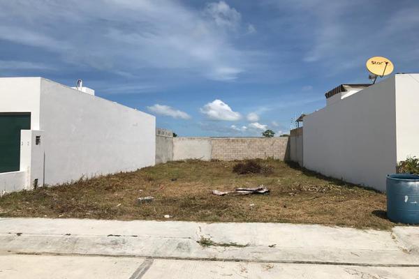 Foto de terreno habitacional en venta en 3 00, residencial del lago, carmen, campeche, 5801490 No. 01