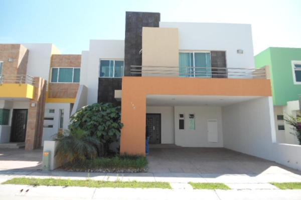 Casa en paseo de los bosques 48 bonaterra en venta id for Renta de casas en tepic