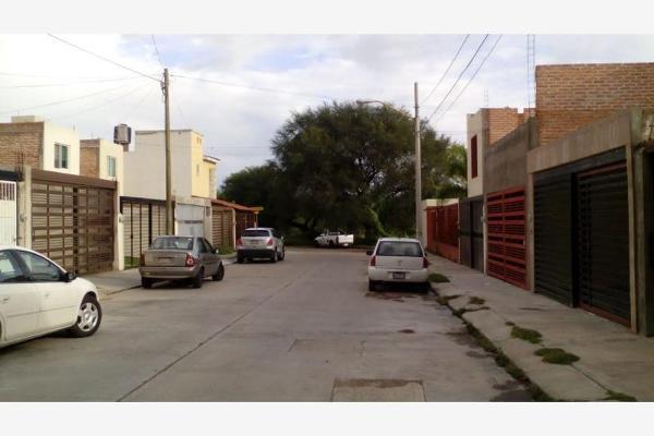 Casa En Av Aguascalientes 517 Lomas De Santa A