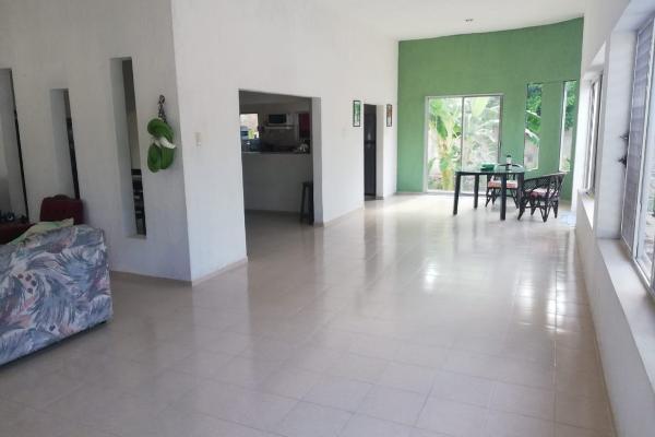 Foto de casa en venta en 53 68, chichi suárez, mérida, yucatán, 7481494 No. 02