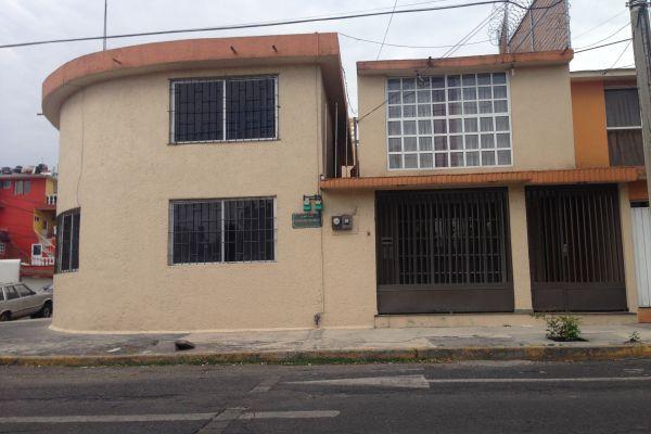 Casa en viveros de xochimilco viveros de la loma en for Viveros en colima