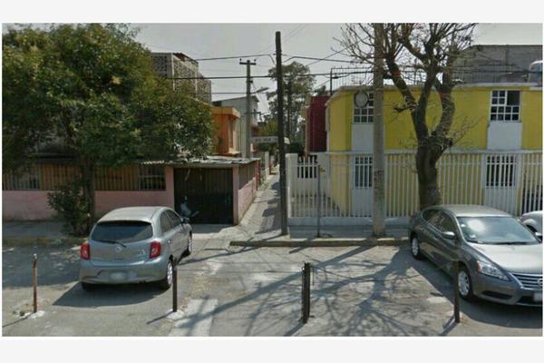 Foto de casa en venta en 689 67, c.t.m. aragón, gustavo a. madero, df / cdmx, 16510559 No. 01