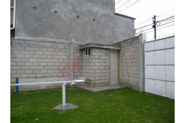Foto de terreno habitacional en venta en  , agrícola francisco i. madero, metepec, méxico, 8718084 No. 02