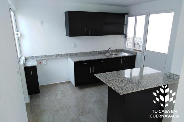 Foto de casa en venta en  , ahuehuetitla, cuernavaca, morelos, 8322934 No. 02