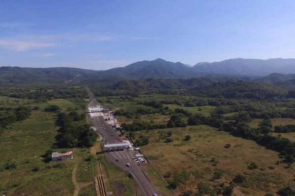 Foto de terreno comercial en venta en al lado de autopista matanchén - tepic , matanchen, san blas, nayarit, 0 No. 04