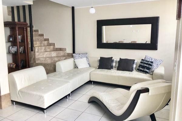 Foto de casa en venta en  , alameda diamante, león, guanajuato, 8850528 No. 02
