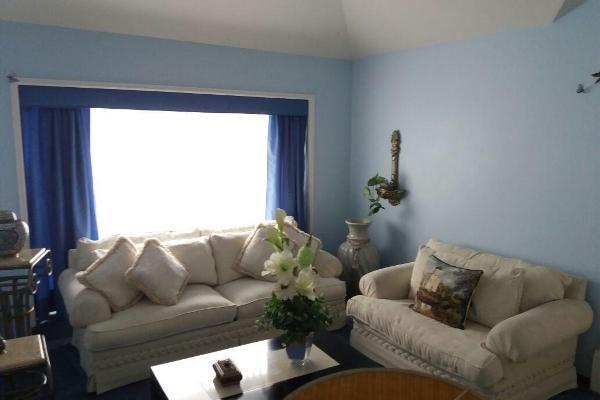 Foto de casa en venta en  , álamos 3a sección, querétaro, querétaro, 14021031 No. 02