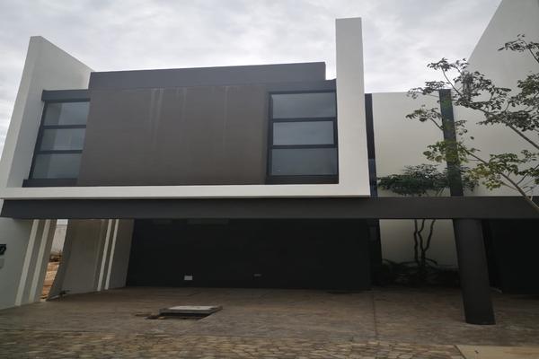 Foto de casa en venta en  , algarrobos desarrollo residencial, mérida, yucatán, 8326798 No. 01