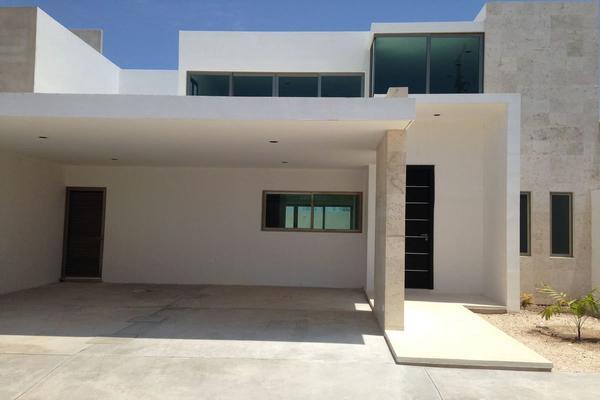 Foto de casa en venta en  , altabrisa, mérida, yucatán, 7494927 No. 01
