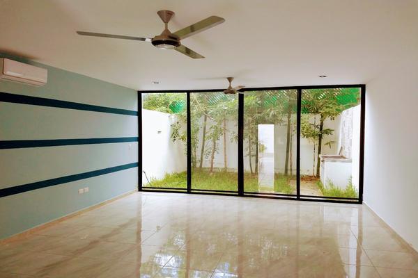 Foto de casa en venta en  , altabrisa, mérida, yucatán, 8401025 No. 04