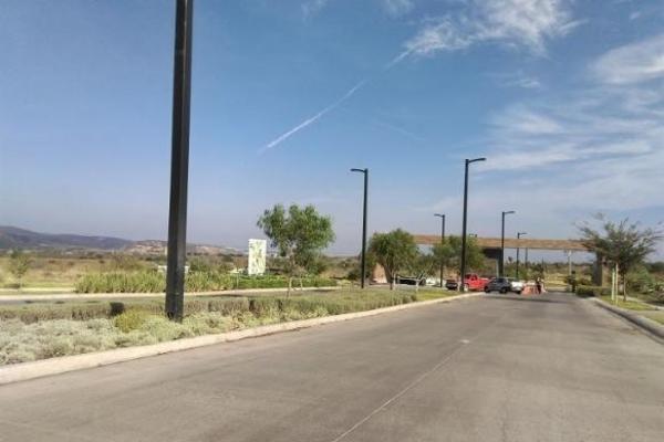 Foto de terreno habitacional en venta en  , altos del cimatario, querétaro, querétaro, 14035040 No. 04