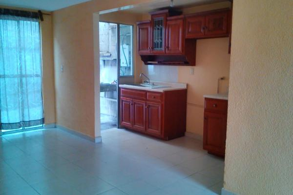Foto de casa en renta en alvaro obregón , san pedro totoltepec, toluca, méxico, 0 No. 02