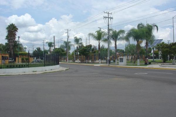 Foto de terreno habitacional en renta en  , haciendas del pueblito, corregidora, querétaro, 5621297 No. 02
