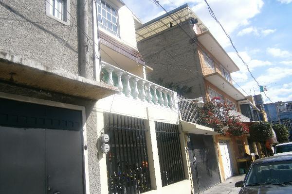 Foto de casa en venta en  , ampliación guadalupe proletaria, gustavo a. madero, distrito federal, 2637306 No. 03