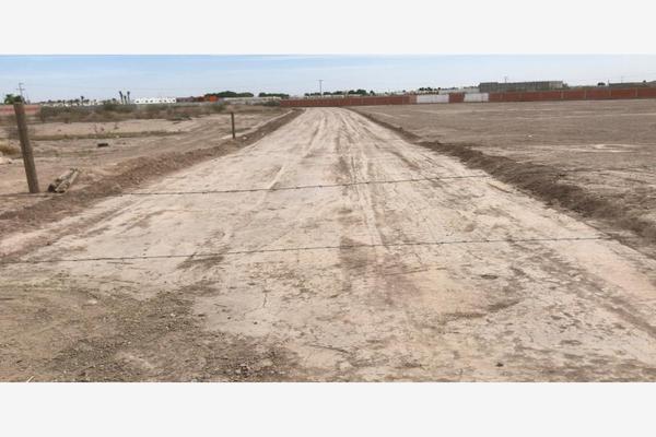 Foto de terreno habitacional en venta en  , ampliación senderos, torreón, coahuila de zaragoza, 7300997 No. 02