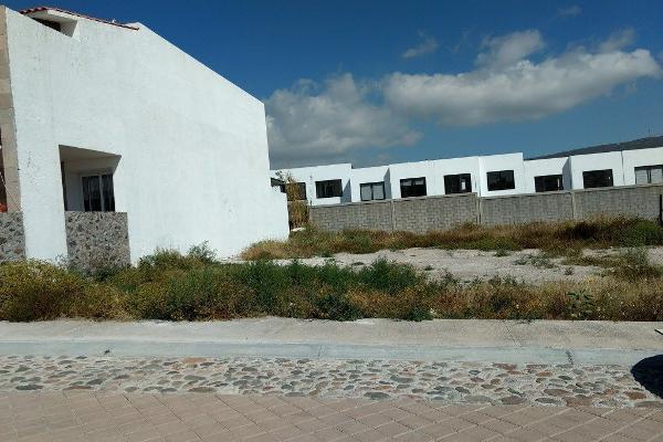 Foto de terreno habitacional en venta en anillo vial fray junípero serra , la purísima, querétaro, querétaro, 14037340 No. 01