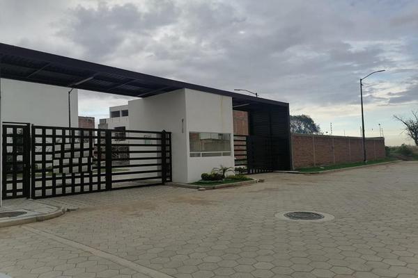 Foto de casa en venta en antiguo camino a san lorenzo 5679, san juan cuautlancingo centro, cuautlancingo, puebla, 0 No. 01