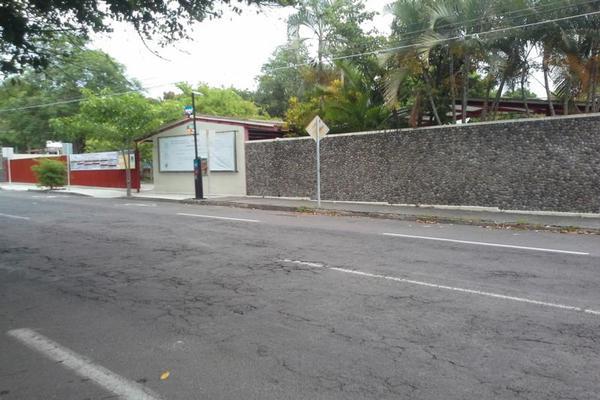 Foto de terreno habitacional en venta en aquiles serdán , colima centro, colima, colima, 7515734 No. 04