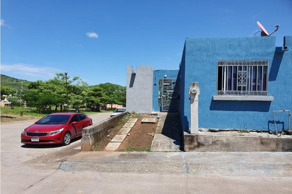 Foto de casa en venta en  , aramara, tepic, nayarit, 20251376 No. 01