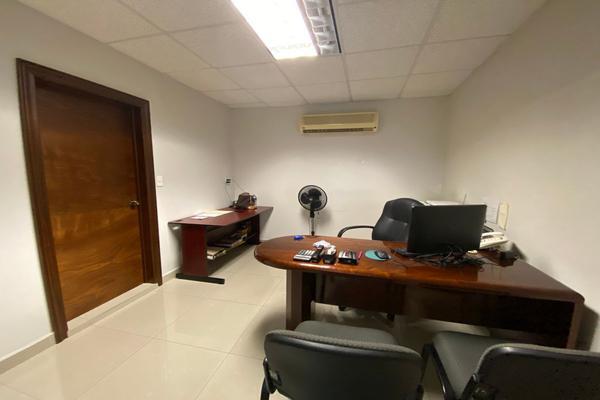 Foto de edificio en venta en aramberri , monterrey centro, monterrey, nuevo león, 21601333 No. 01