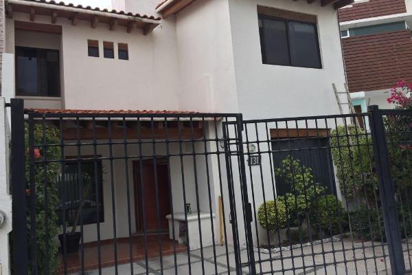 Foto de casa en venta en  , arboledas del parque, querétaro, querétaro, 14023000 No. 01